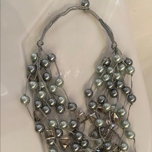 Pearl Bead & glass necklace (New)